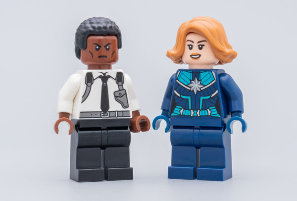 30453 Captain Marvel & Nick Fury