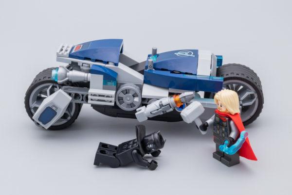 76142 Avengers Speeder Bike Attack