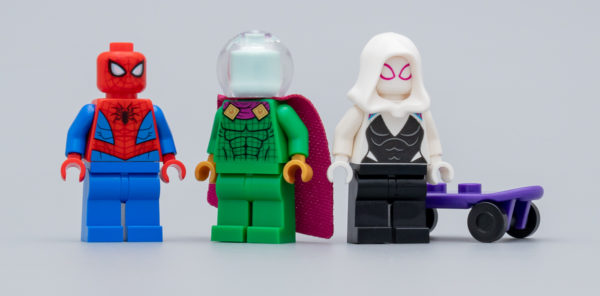 76149 The Menace of Mysterio