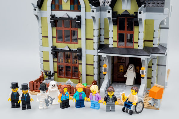 Vite testé : LEGO Fairground Collection 10273 Haunted House