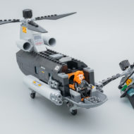 76162 lego marvel black widow helicopter chase review brickheroes 2