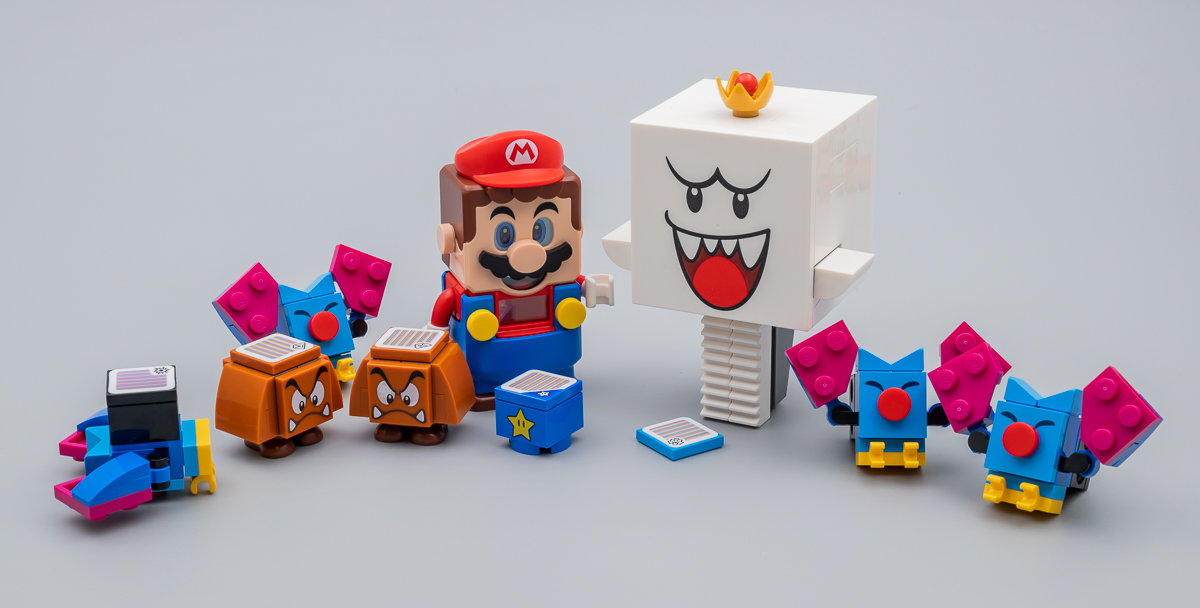Nintendo s'associe avec LEGO ! - Page 4 71377-lego-super-mario-king-boo-haunted-yard-review-hothbricks_5