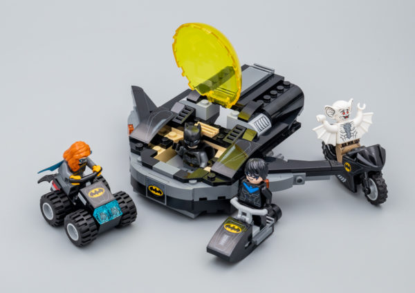 76160 Batman : Mobile Bat-Base