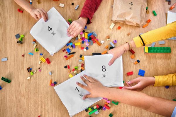 Dès 2021 : du papier pour remplacer les sachets en plastique à l'intérieur des sets LEGO