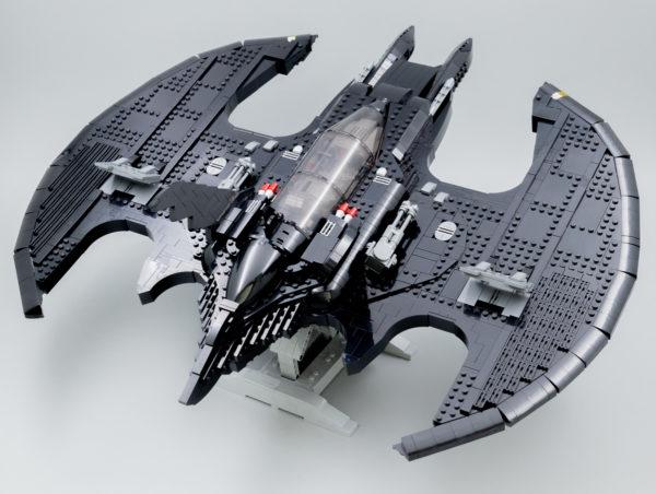 Vite testé : LEGO DC Comics 76161 1989 Batwing
