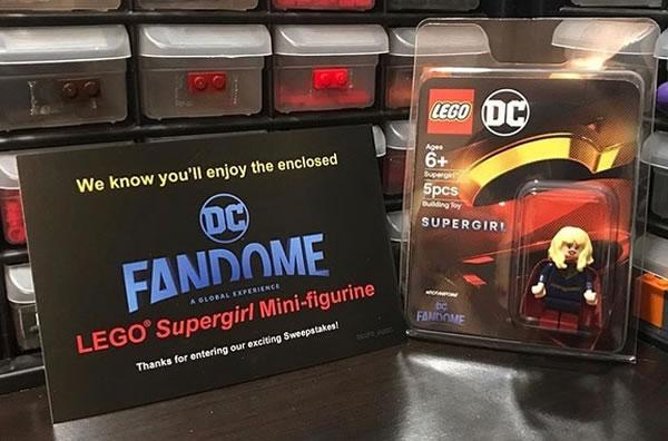 DC Fandome 2020 : La minifig exclusive de Supergirl est expédiée aux gagnants