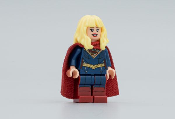 dc fandome 2020 supergirl exclusive minifigure 1