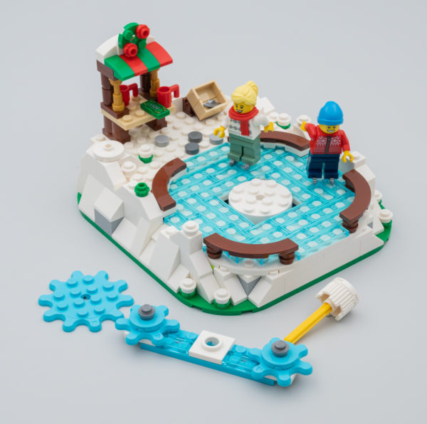 LEGO 40416 Ice Skating Rink Limited Edition