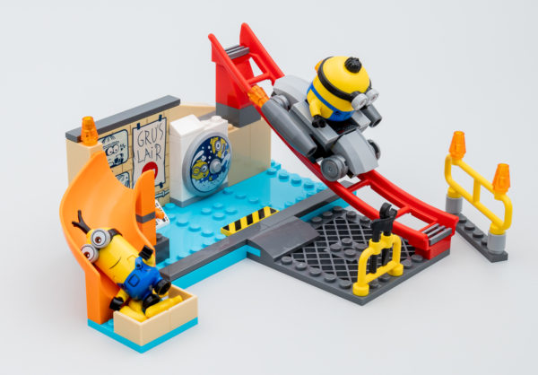 LEGO 75546 Minions in Gru's Lab