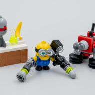lego 30387 bob minion with robot arms gwp june 2021 5