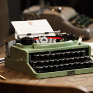 lego ideas 21327 typewriter 11