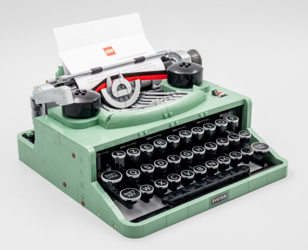 lego ideas 21327 typewriter 13