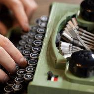lego ideas 21327 typewriter 9