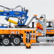 42128 lego technic heavy duty tow truck 8