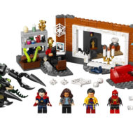 76185 lego marvel spiderman sanctum workshop 3