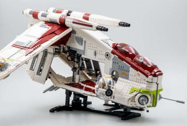 lego starwars 75309 republic gunship 16