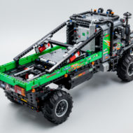 lego technic 42129 4x4 mercedes benz zetros trial truck 10