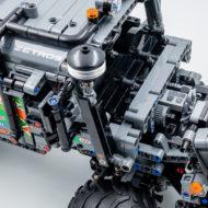 lego technic 42129 4x4 mercedes benz zetros trial truck 9