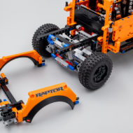 42126 lego technic ford f150 raptor 11