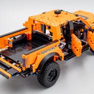 42126 lego technic ford f150 raptor 2