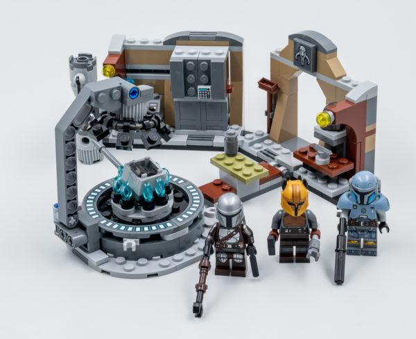 lego starwars 75319 armorer mandalorian forge 1