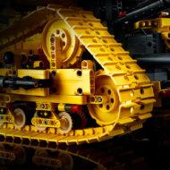 lego technic 42131 cat d11t bulldozer 4