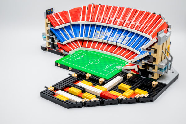10284 lego fc barcelona camp nou stadium 23