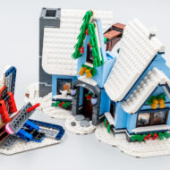 10293 lego winter village santa visit 33