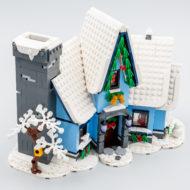 10293 lego winter village santa visit 35