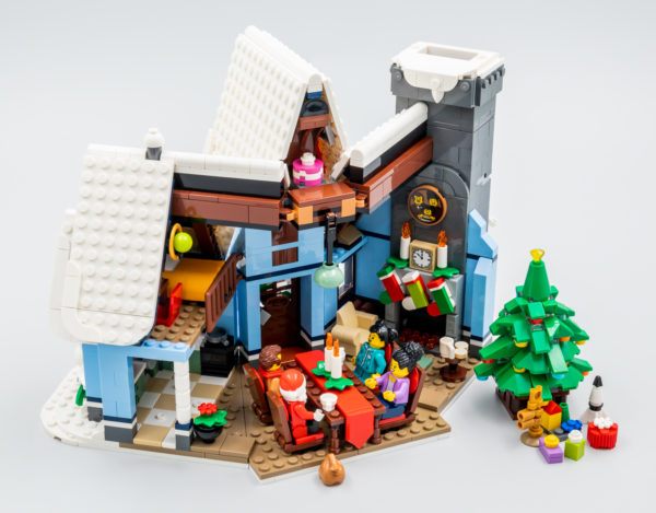 10293 lego winter village santa visit 36