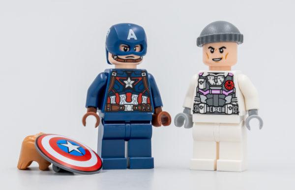 76189 lego marvel captain america hydra face off 1