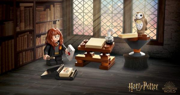 30392 lego harry potter hermione study desk polybag gwp