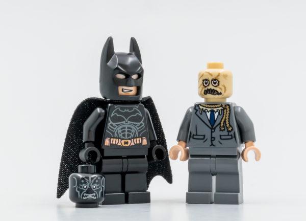 76239 lego dc comics batman batmobile tumbler scarecrow showdown 10 1