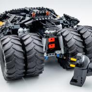 76240 lego dc comics batman matmobile tumbler 12
