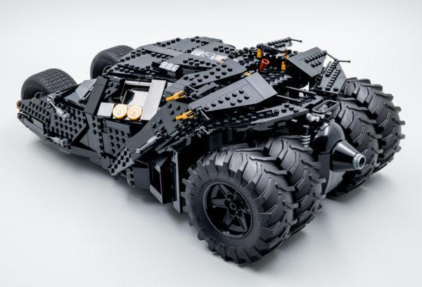 76240 lego dc comics batman matmobile tumbler 17