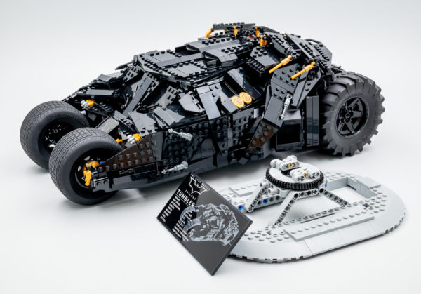 76240 lego dc comics batman matmobile tumbler 19