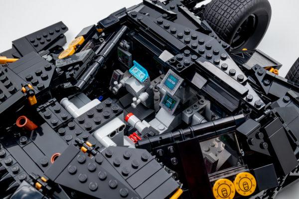 76240 lego dc comics batman matmobile tumbler 24