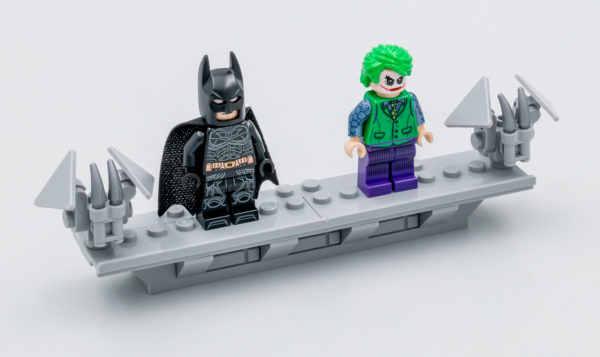 76240 lego dc comics batman matmobile tumbler 26