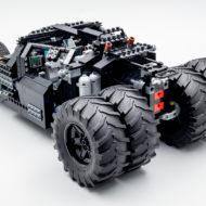 76240 lego dc comics batman matmobile tumbler 8