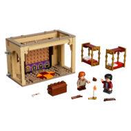 lego harry potter 40452 hogwarts gryffindor dorms 4