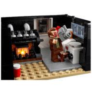 lego ideas 21330 home alone house 12
